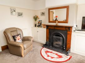 Bumble Bee Cottage - Lincolnshire - 1039754 - thumbnail photo 6