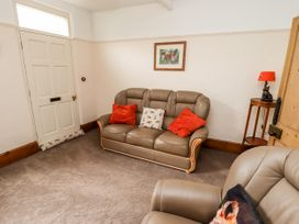 Bumble Bee Cottage - Lincolnshire - 1039754 - thumbnail photo 8