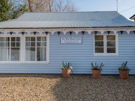 The Blue Beach House - Isle of Wight & Hampshire - 1039822 - thumbnail photo 1