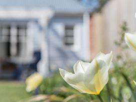 The Blue Beach House - Isle of Wight & Hampshire - 1039822 - thumbnail photo 36