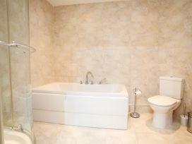 Apartment 19 - North Wales - 1039906 - thumbnail photo 13