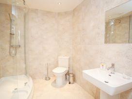 Apartment 19 - North Wales - 1039906 - thumbnail photo 16