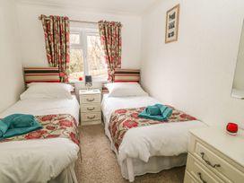 Lodge 11 - Devon - 1040007 - thumbnail photo 12