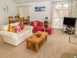 Lodge 11 - Devon - 1040007 - thumbnail photo 3