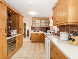 Halcyon - Anglesey - 1040048 - thumbnail photo 9