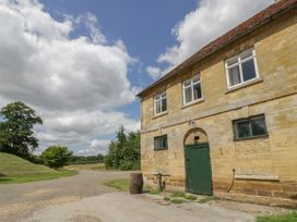 Stable Flat - Cotswolds - 1040100 - thumbnail photo 2