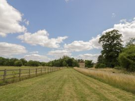 Stable Flat - Cotswolds - 1040100 - thumbnail photo 26