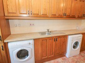 Dooneen - Kinsale & County Cork - 1040103 - thumbnail photo 12