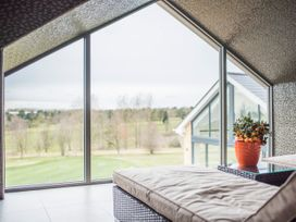 Cotswold Club Apartment (2 Bedroom Sleeps 4) - Cotswolds - 1040156 - thumbnail photo 16