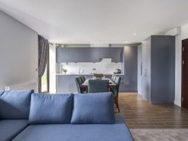 Cotswold Club Apartment (2 Bedroom Sleeps 4) - Cotswolds - 1040156 - thumbnail photo 4