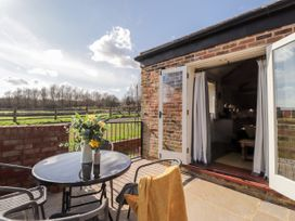 The Cowshed - Kent & Sussex - 1040511 - thumbnail photo 20