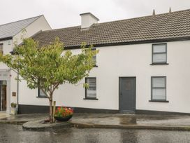 4 bedroom Cottage for rent in Ballycastle, County Mayo
