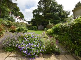 Milkwood Cottage - South Wales - 1040595 - thumbnail photo 12