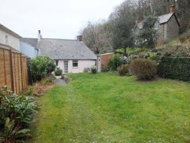 Milkwood Cottage - South Wales - 1040595 - thumbnail photo 14