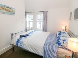 Breeze Cottage - Anglesey - 1040692 - thumbnail photo 10