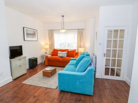 Breeze Cottage - Anglesey - 1040692 - thumbnail photo 16