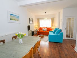 Breeze Cottage - Anglesey - 1040692 - thumbnail photo 17