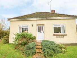 4 bedroom Cottage for rent in Warminster