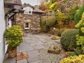 Courtyard Cottage - Lake District - 1041201 - thumbnail photo 14