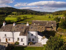 Satterthwaite Farmhouse-Sleep 4 - Lake District - 1041223 - thumbnail photo 22