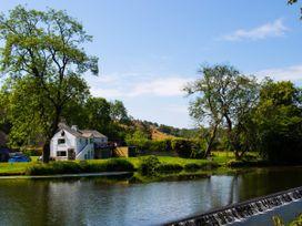 Riverbank Hideaway - Lake District - 1041474 - thumbnail photo 1