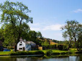Riverbank Hideaway - Lake District - 1041474 - thumbnail photo 15