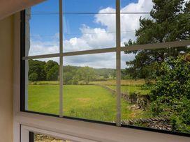 Smithy Cottage at Bowland Bridge - Lake District - 1041539 - thumbnail photo 20