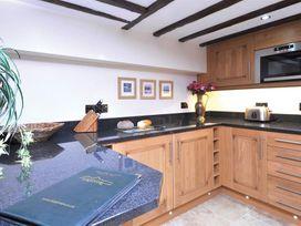Wisteria Cottage Studio - Lake District - 1041670 - thumbnail photo 9