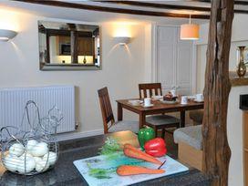 Wisteria Cottage Studio - Lake District - 1041670 - thumbnail photo 12