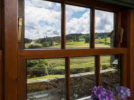 Middle Wray Cottage - Lake District - 1042119 - thumbnail photo 3