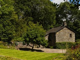 Middle Wray Cottage - Lake District - 1042119 - thumbnail photo 23