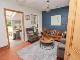 6 Castle Street - Shropshire - 1042289 - thumbnail photo 2