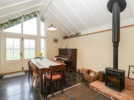 Old Cary Cottage - Somerset & Wiltshire - 1042359 - thumbnail photo 6