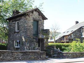 Striding Home - Lake District - 1042512 - thumbnail photo 19