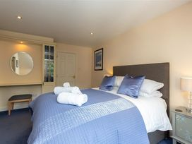 Windermere Suite - Lake District - 1042902 - thumbnail photo 18
