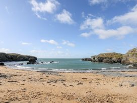 5 Porthdafarch South Cottages - Anglesey - 1042998 - thumbnail photo 17