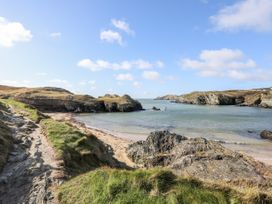 5 Porthdafarch South Cottages - Anglesey - 1042998 - thumbnail photo 18