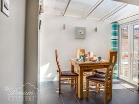 South Harbour Cottage - Dorset - 1043009 - thumbnail photo 18