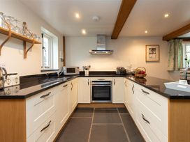 Forest Cottage - Lake District - 1043112 - thumbnail photo 5