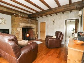 4 Castle Cottage - Whitby & North Yorkshire - 1043214 - thumbnail photo 5