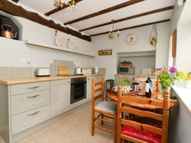 4 Castle Cottage - Whitby & North Yorkshire - 1043214 - thumbnail photo 6