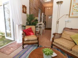 The Garden Room @ Brookcliff House - Peak District - 1043270 - thumbnail photo 2