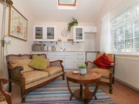 The Garden Room @ Brookcliff House - Peak District - 1043270 - thumbnail photo 3