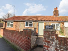 Holly Cottage - Suffolk & Essex - 1043272 - thumbnail photo 2