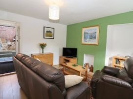 Holly Cottage - Suffolk & Essex - 1043272 - thumbnail photo 6