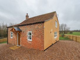 2 bedroom Cottage for rent in Kirkton of Tough