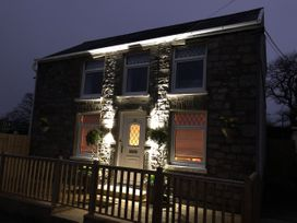 Woodland Cottage - South Wales - 1043472 - thumbnail photo 2