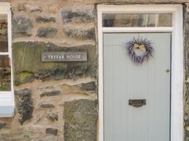 Tryfar House - North Wales - 1043476 - thumbnail photo 2