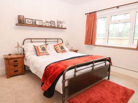 The Lodge - Norfolk - 1043545 - thumbnail photo 20