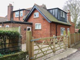 The Lodge - Norfolk - 1043545 - thumbnail photo 1